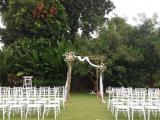 tiffany chairs putih